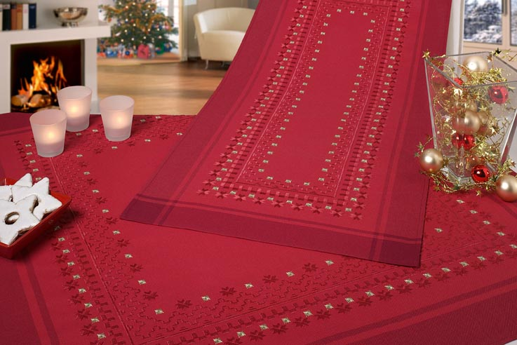 nappe carr rouge bordeaux hardanger des fiches 42 43. Black Bedroom Furniture Sets. Home Design Ideas